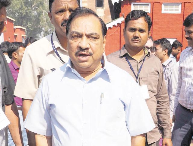 Maharashtra,Devendra Fadnavis.,Eknath Khadse