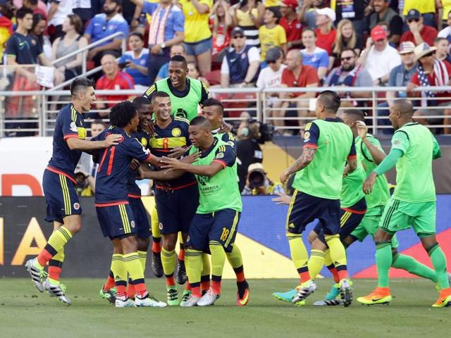 Cristian Zapata of Colombia celebrates with teammates after he scored a goal against the United States during the 2016 Copa America Centenario Group match between the United States and Colombia at Levi's Stadium in Santa Clara, California.