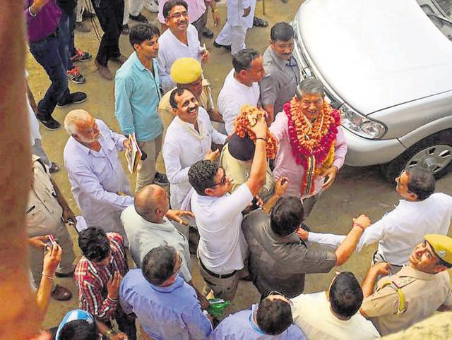 Chief minister Harish Rawat at a Hanuman temple in Bharatpur's Weir area on Friday.
