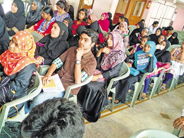 Aspire, a Kalyan-based educational organisation, held a career guidance programme for Class 10 and 12 students (in pic). The experts guided the students on how to select a career and also educated them about different government and private scholarships.(HT Photo)