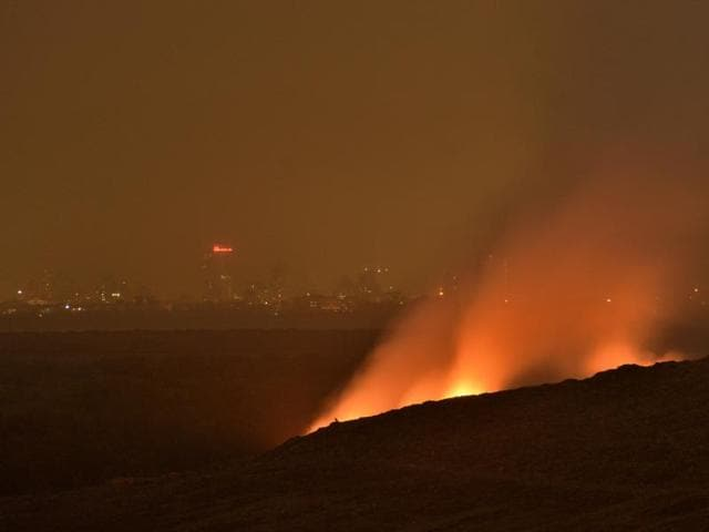 Fire and smoke at Deonar dumping ground.