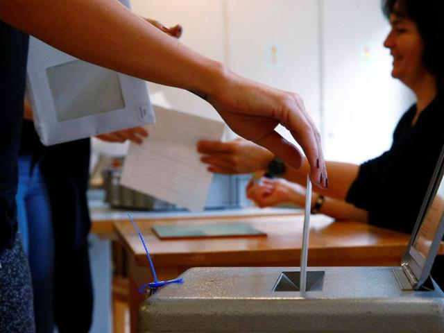 Switzerland,Swiss referendum,Income for all
