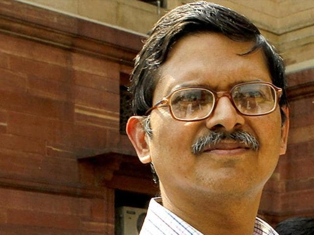 Senior IPS officer Amitabh Thakur alleged that Shivpal singh Yadav had given illegal protection to the culprits and had put an improper pressure on the local administration.