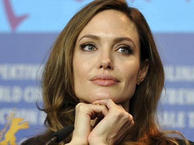 Angelina Jolie,Angelina Jolie BBC,Angelina Jolie Refugee