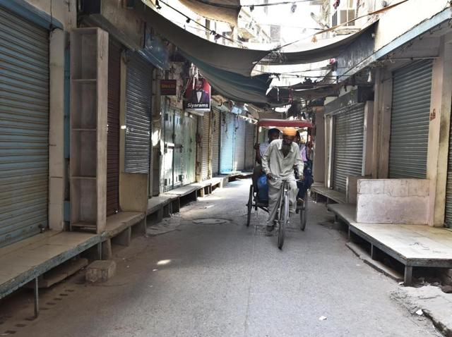 With all shops remaining closed, Tally Sahib Bazaar giving a deserted look.