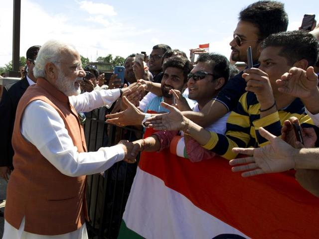 U.S. President Barack Obama (R) and Indian Prime Minister Narendra Modi.
