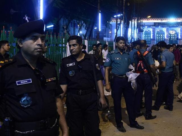 The three were operatives of the outlawed Jamaatul Mujahideen Bangladesh (JMB) outfit which was targeted by Superintendent of Police Babul Aktar whose wife was brutally killed by the militants on Sunday.N