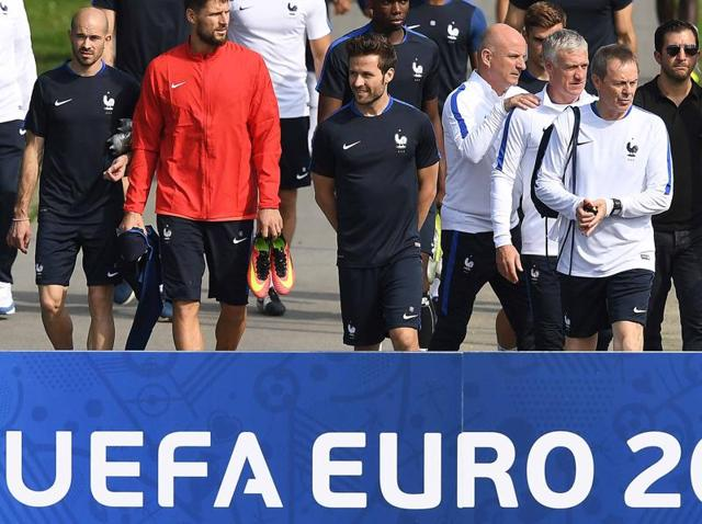 France's national football team arrives for a training session ahead of the Euro 2016 football tournament in Clairefontaine-en-Yvelines.