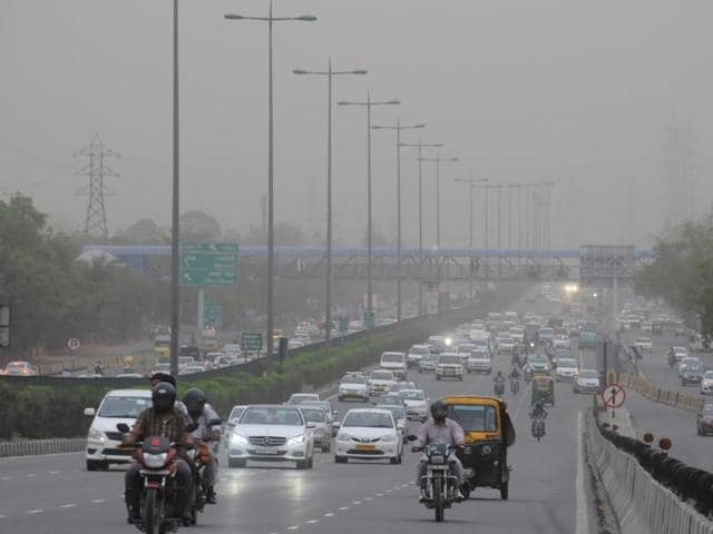 The dust storm hit the city around 4:30 pm on Monday . The maximum temperature plunged from 42.7 degrees Celsius to 38.2 after the storm.
