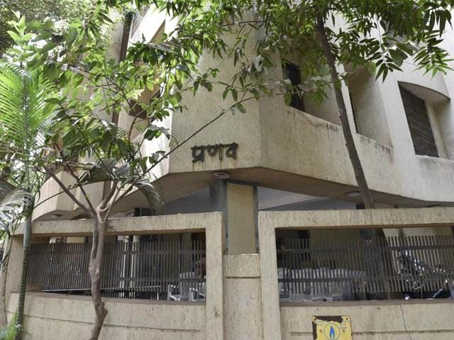 Manjulaben Manilal Vora, a 77-year-old woman, was murdered in her flat in Matunga on Monday.