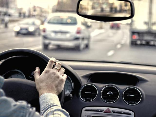 Driving for an hour a day makes you heavier, especially around waist