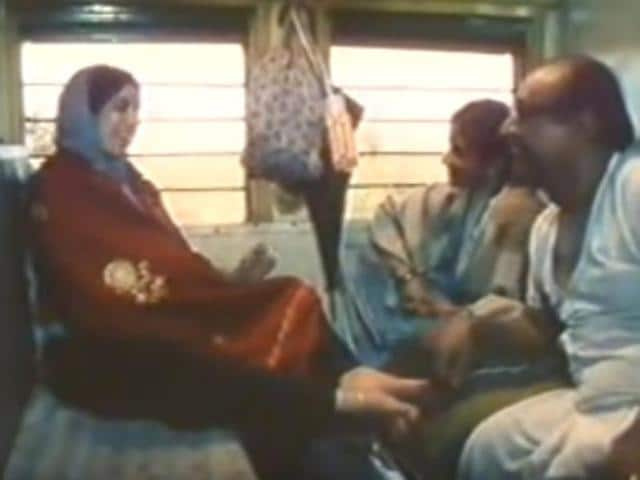 Made on a grand scale, Yatra, which was directed by Shyam Benegal, featured slice-of-life stories of people on a train journey.(YouTube)