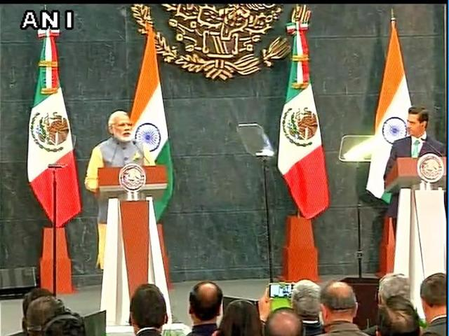 PM Narendra Modi and President of Mexico Enrique Peña Nieto issue a joint statement.