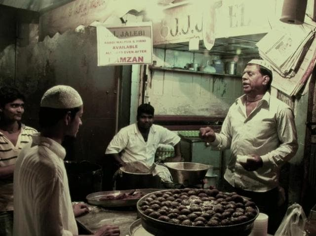 In Dinner with the Dons, local Bhais (dons) give an insider's guide to street food across cities