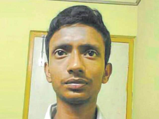 Aniruddho Biswas was beaten to death by locals on suspicion that he stole mangoes from an orchard at Haridevpur, near Kolkata.(HT Photo)