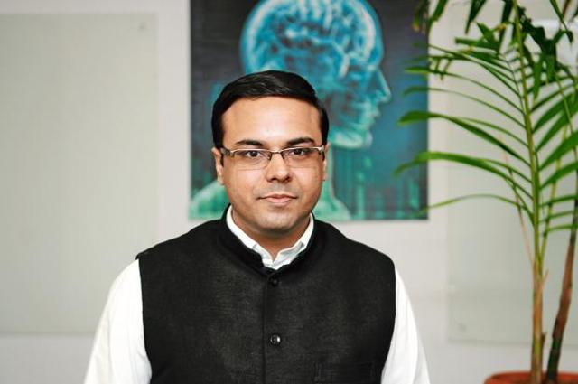Sachdev, along with college friend Ravi Saraogi, founded Uniphore Software Systems in 2007.