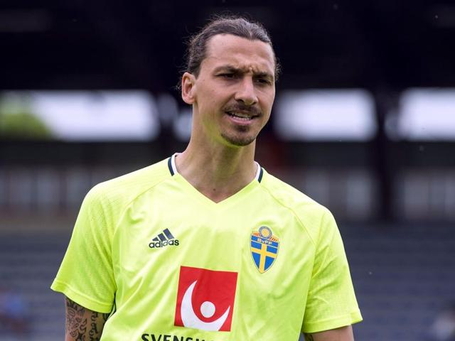 Sweden's forward and captain Zlatan Ibrahimovic takes part in a training session in Saint-Nazaire.