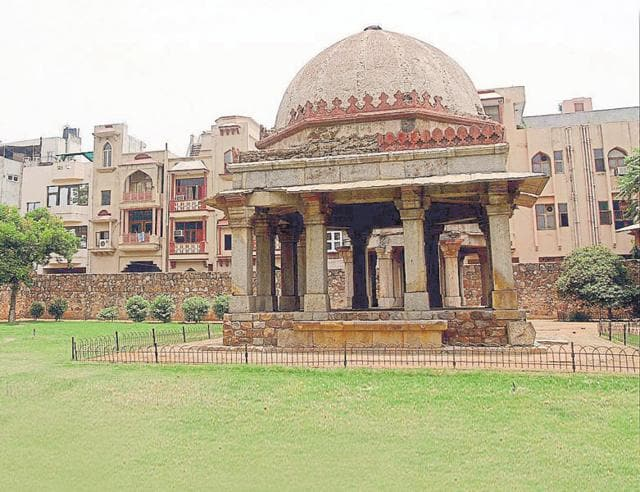 Realty agents say prices of properties close to an ancient monument are considerably higher than the  prevailing prices provided that the construction is new.