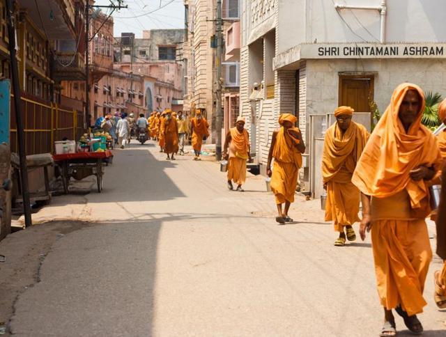 godmen,holy men,mumbai
