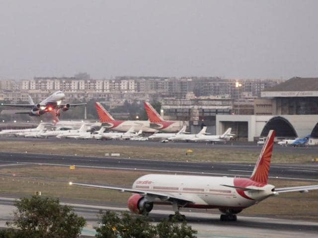 Snag keep Bangkok bound Air India flight in the bay for more than five hour.Photo by Kalpak Pathak / Hindustan Times.