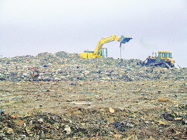 The Kanjurmarg facility processes 3,000 metric tonnes (MT) of garbage, and the processing plant could increase its capacity by 1,000 MT by December 2016.