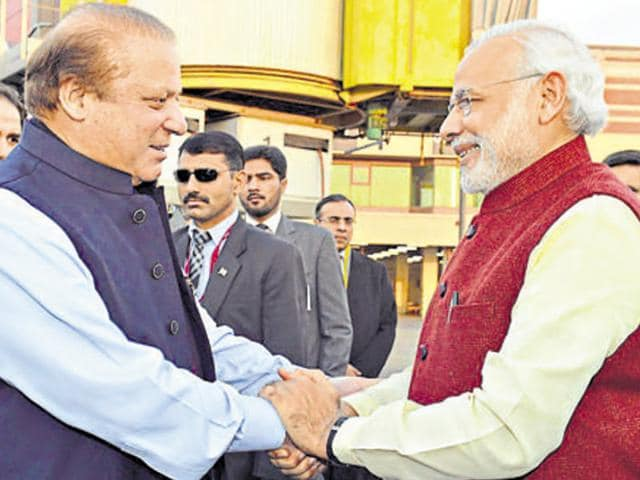 Indian Prime Minister Narendra Modi warmly received by the Prime Minister of Pakistan,  Nawaz Sharif, at Lahore, Pakistan on December 25, 2015. The US has said that the two countries need to pursue closer ties with each other on the security front.