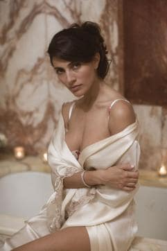 Italian actor Caterina Murino, who starred as the Bond girl in Casino Royale, will be starring opposite Rajeev Khandelwal in his next film, Fever.