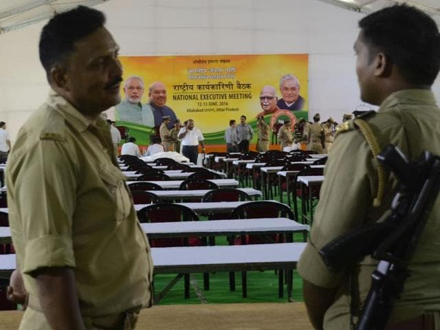 Preparation on for national executive meeting of BJP in Allahabad on Saturday.