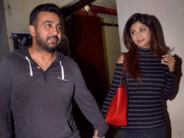 "Shilpa Shetty Kundra denies rumours about her supposed split with Raj Kundra; says ""it's complete rubbish."""