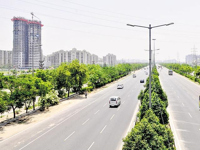 Many corporate houses are interested in opening offices along the 165-km Yamuna Expressway.