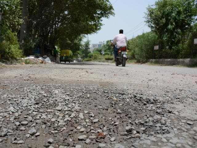 Residents say the roads of the sector are never cleaned by corporation workers and garbage is dumped alongside the roads.