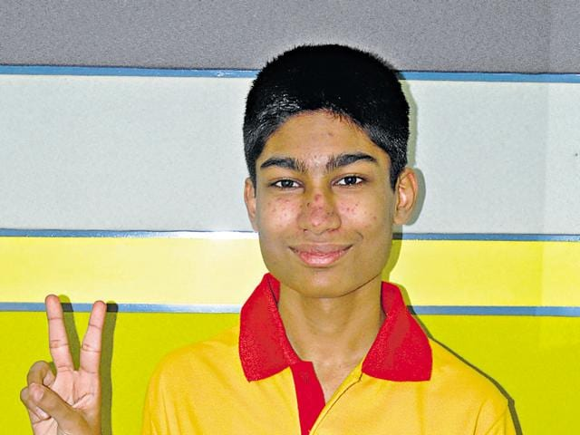 Animesh Bohara has from Delhi has an AIR of 19.