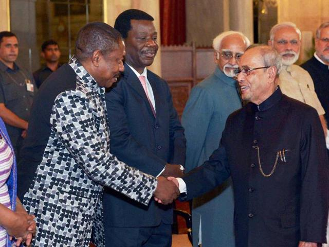 President Pranab Mukherjee shaking hands with delegates during his ceremonial departure for state visits to Ghana, Côte d'Ivoire and Namibia, at Rashtrapati Bhavan.