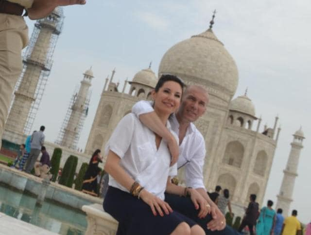 Clad in a simple white shirt and a cap, Zidane, spent around an hour in the white marble mausoleum with his wife clicking pictures and selfies.