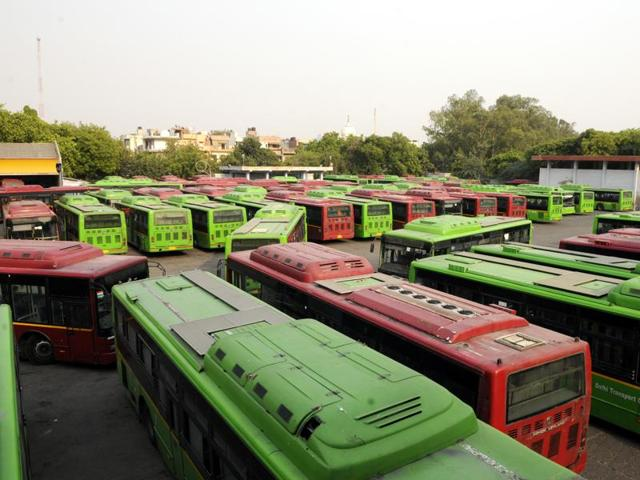 As per the CAG report, the DTCalso failed to use its fleet properly. It also points out that nearly 2,000 buses were challaned in 2014-15, leading to losses.