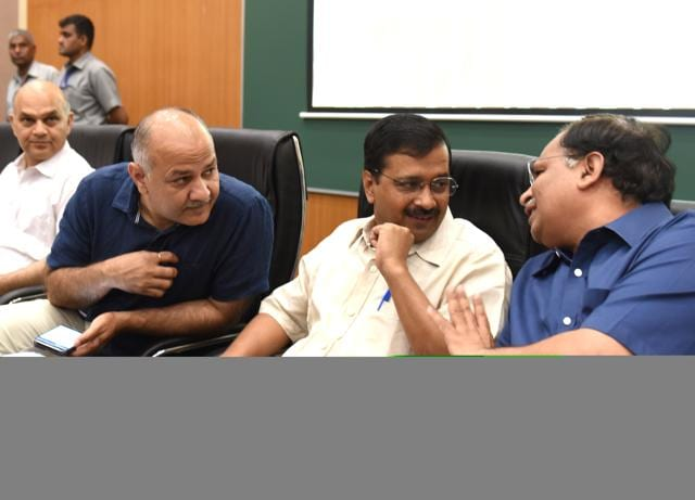 Office of profit,Constitution,Disqualification of AAP MLAs
