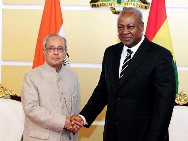 Ghanaian President John Mahama with President Pranab Mukherjee at the Government House in Accra, on June 13, 2016.