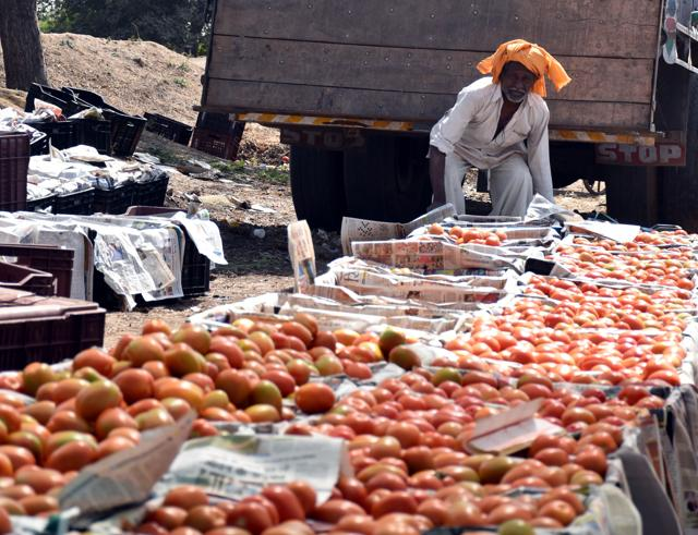 In retail markets, tomatoes are being sold at Rs 50-60 per kg as against the usual rate of Rs 30-40 per kg.