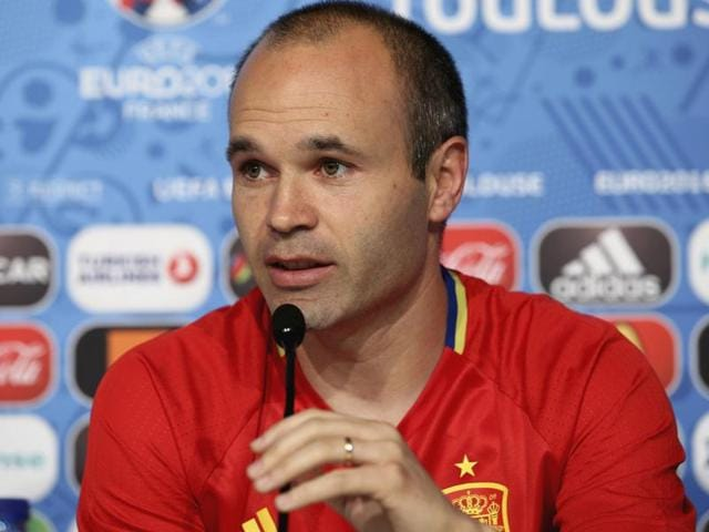Spain's midfielder Andres Iniesta controls the ball during the Euro 2016 group D football match.