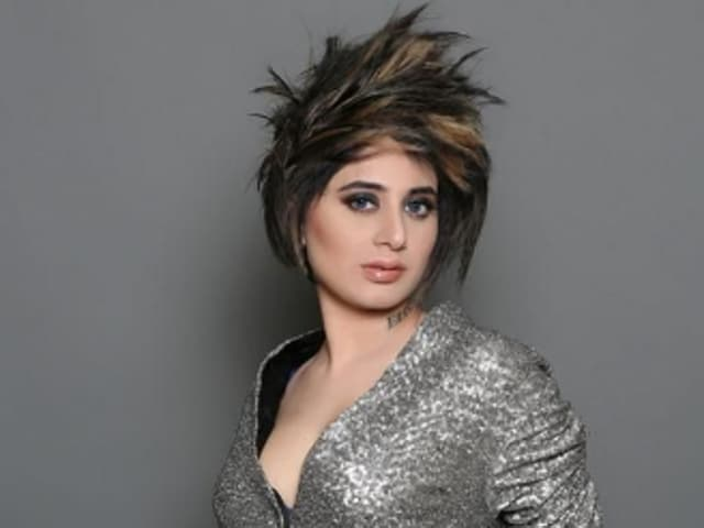 Small time actor Alisa Khan was found living on the streets in Delhi after being abandoned by her family.