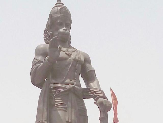 Made of brass, the statue has been made by Padma Shri winner Arjun Singh Prajapati and his son Mukesh Prajapati in Jaipur.