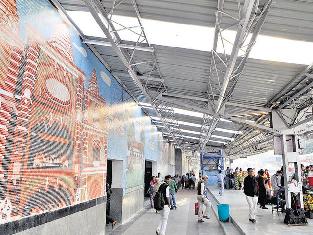 The Gurgaon railway station was recently upgraded from grade B to grade A. The station was renovated with air-conditioned waiting rooms and bigger toilets and colourful murals.
