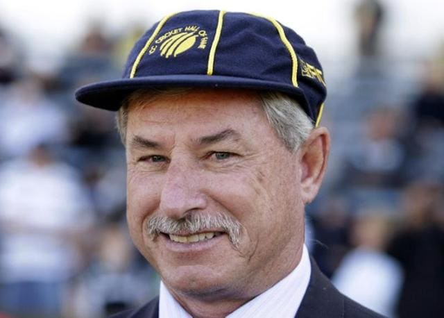 Former New Zealand skipper Richard Hadlee  was diagnosed with Wolff-Parkinson-White Syndrome that causes irregular heart beat.