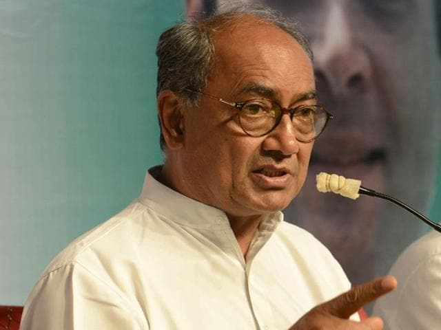 "Digvijaya Singh claimed that Modi himself had ""once admitted"" he was a matriculate but was now claiming to be a graduate."