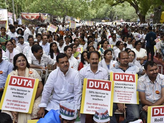 The teachers are protesting against the UGC Gazette Notification (3rd Amendment), which would have increased the workload and let to retrenchment of ad-hoc teachers.