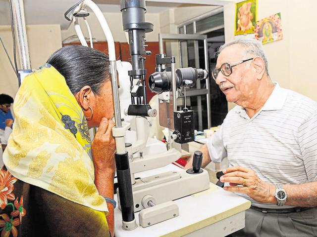 Dr Subhash Goswami, an ophthalmologist, treats under privileged people at his clinic for free in Kaushambi Ghaziabad.
