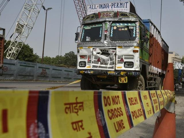 The truck that rammed a police barricade and cars in New Delhi on Thursday.