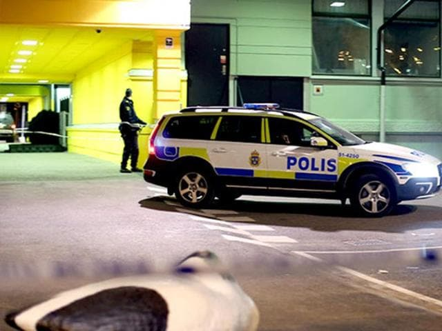 The suspected member of the Islamic State group is being held by migration authorities in Sweden because he has asked for asylum.