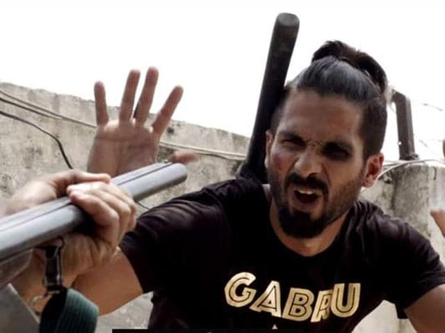 Shahid Kapoor delivers an inspired performance in Udta Punjab as the drug-addled rockstar Tommy Singh.