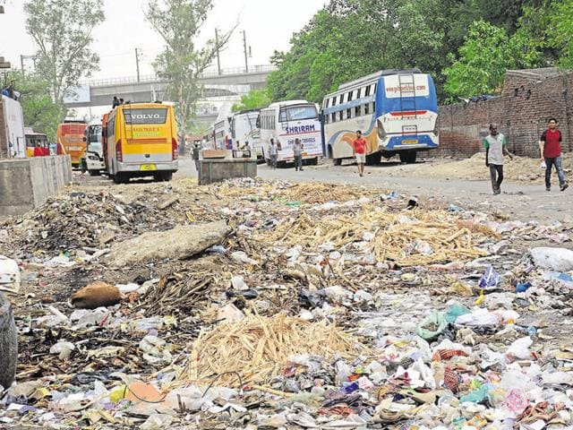 These garbage dumps not only reduce the aesthetic quality of the locality, they are also a source of various infections.